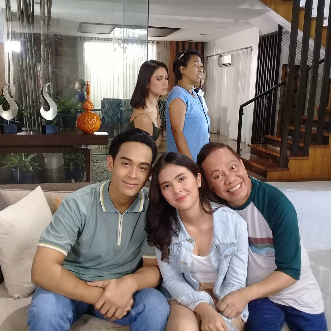 What Pusong Ligaw stars do in between takes
